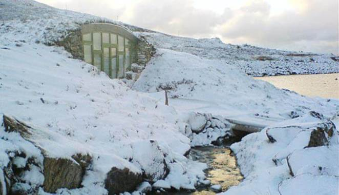 Self catering Hebridean Earth House