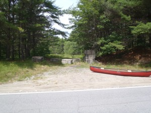 The entrance point to Island Pond on Route 106