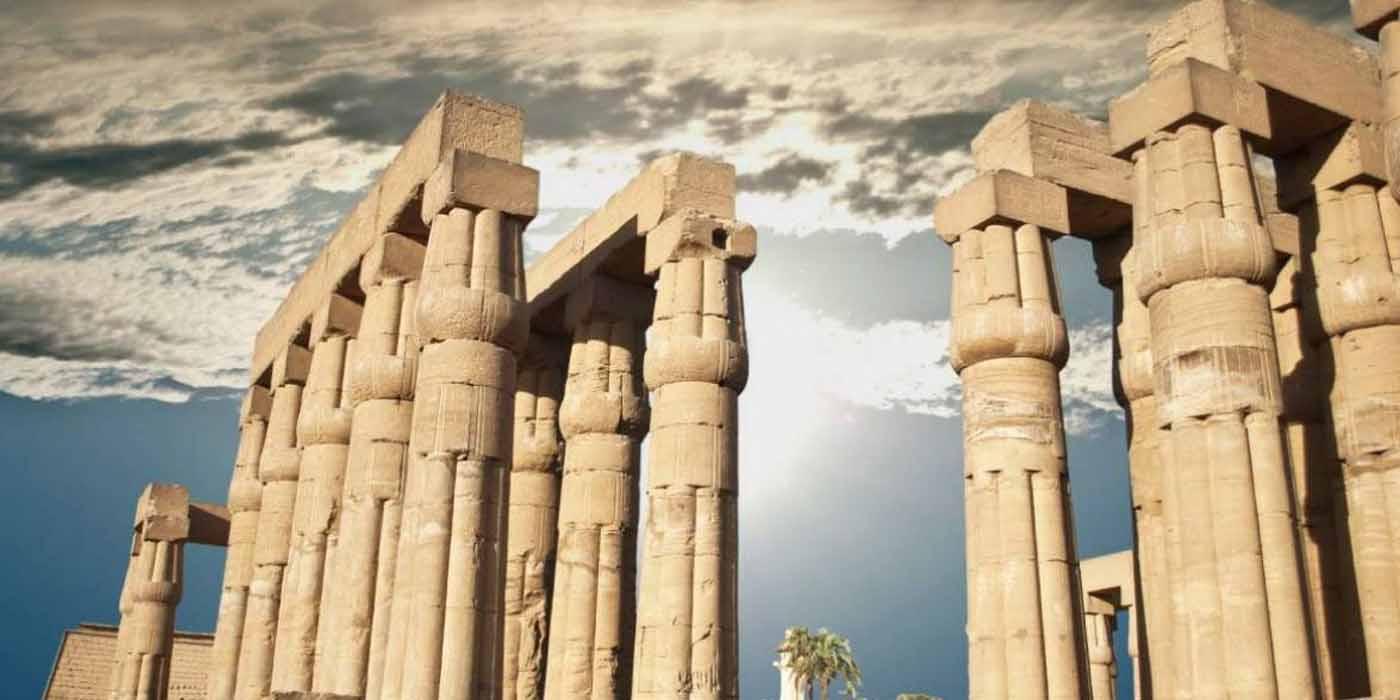"""statues of Pharaonic goddess """"Sekhmet"""" in Luxor"""