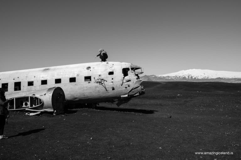 Douglas C-117 Plane wreck on Sólheimasandur and Mýrdalsjökull