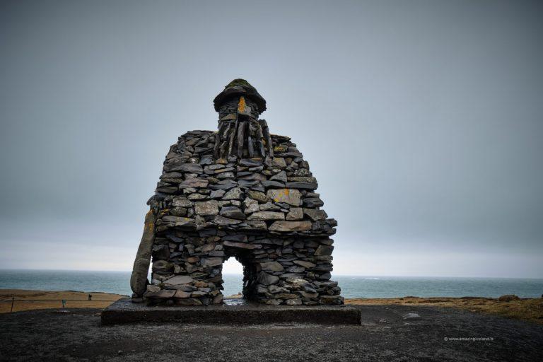 Bárður Snæfellsás sculpture