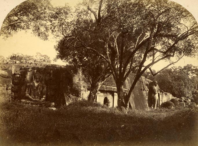 Gal Viharaya - photo taken on late 1800′s or early 1900′s