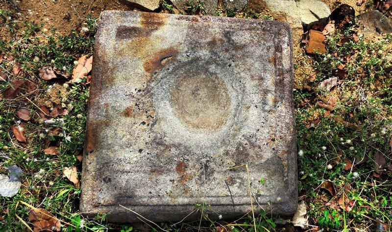 Ruins - Wattarama Rajamaha Viharaya