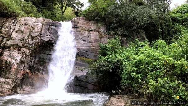 Mandaramnuwara Kalupalam ella/ Athinnimala Ella Waterfall - මන්දාරම්නුවර කළුපාලම් / ඇතිනිමල ඇල්ල