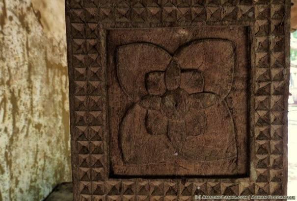 Carvings on the wooden pillars of Kanugala Sri Pushparama Tampita Viharaya