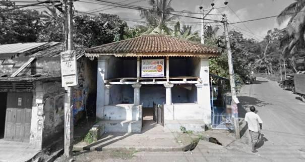 Rathmale Ambalama - The only two storied ambalama in Sri Lanka