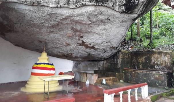 Small ancient stupa of the Algama Sri Sangharaja Rajamaha Viharaya