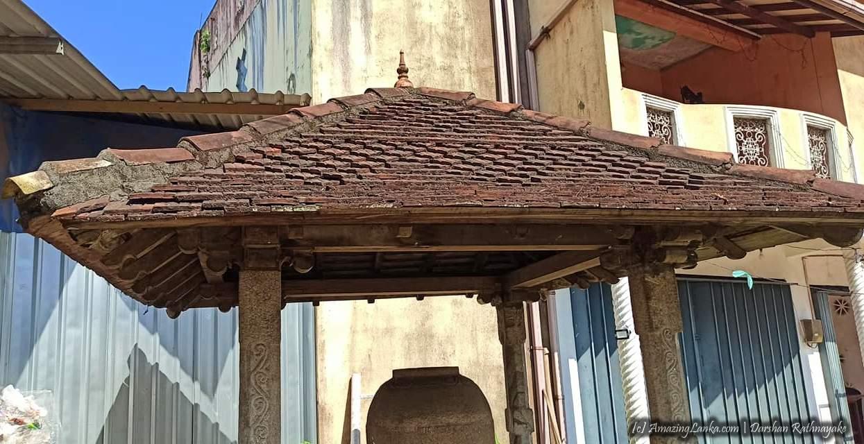 Wataddara Gal Pinthaliya in Gampaha - ගම්පහ වටද්දර ගල් පිංතාලිය