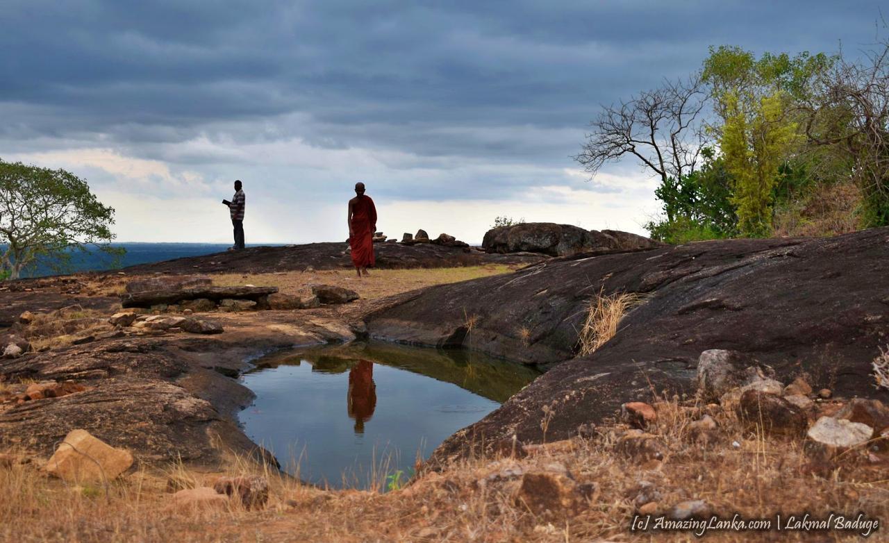 නීලපනිච්චන්කුලම බෞද්ධ නටඹුන් - Neelapanichchakulama Buddhist Ruins