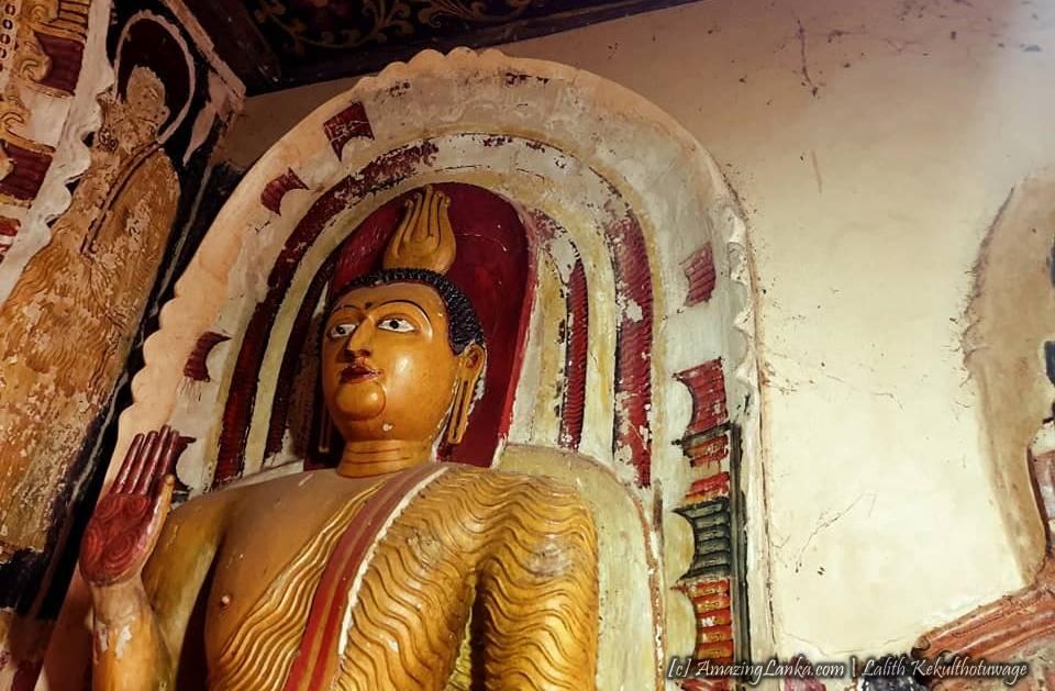 Mabotuwana Sri Sumanarama Purana Wilgamu Tampita Viharaya - මාබොටුවන ශ්රී සුමනාරාම පුරාණ විල්ගමු ටැම්පිට විහාරය