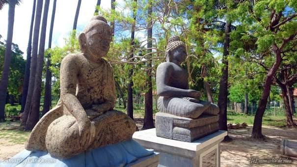 Buddha Walawwa Rajamaha Viharaya in Nagadeepa - නාගදීපයේ බුද්ධ වලව්ව රජමහා විහාරය