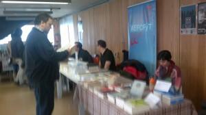 Mesas de Ediciones Nevsky y la AEFCF y T