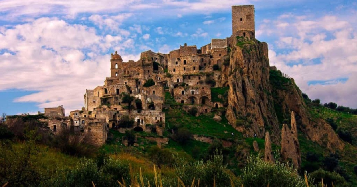 The Most Famous Ghost Towns in The World You Won't Believe Still Exist Today