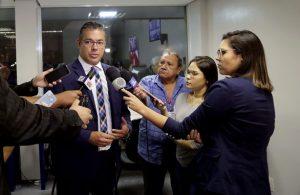 Deputados estaduais vão à Brasília apresentar o projeto 'Manta-Manaus'