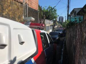 Homem morre após laje de casa desabar no Lírio do Vale 1, em Manaus