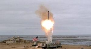 Após deixarem tratado com a Rússia, EUA testam míssil em ilha