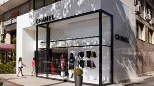 Ladrões roubam R$ 860 mil em produtos da loja Chanel em Nova York