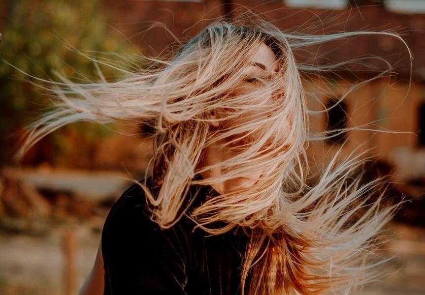"""Da je želio biti s tobom on bi bio s tobom, Kako posvijetliti kosu za 3 nijanse koristeći cimet?, Tekst za neukrotive žene, Što treba znati o ženama divljeg srca: Ako ih """"zarobite"""" u 4 zida – umrijet' će! ,'Pomagala sam drugima kako bih se ja bolje osjećala!', Pa što ako je vaša prošlost bila takva kakva jest?, Nikada niko nije pisao stihove o meni"""