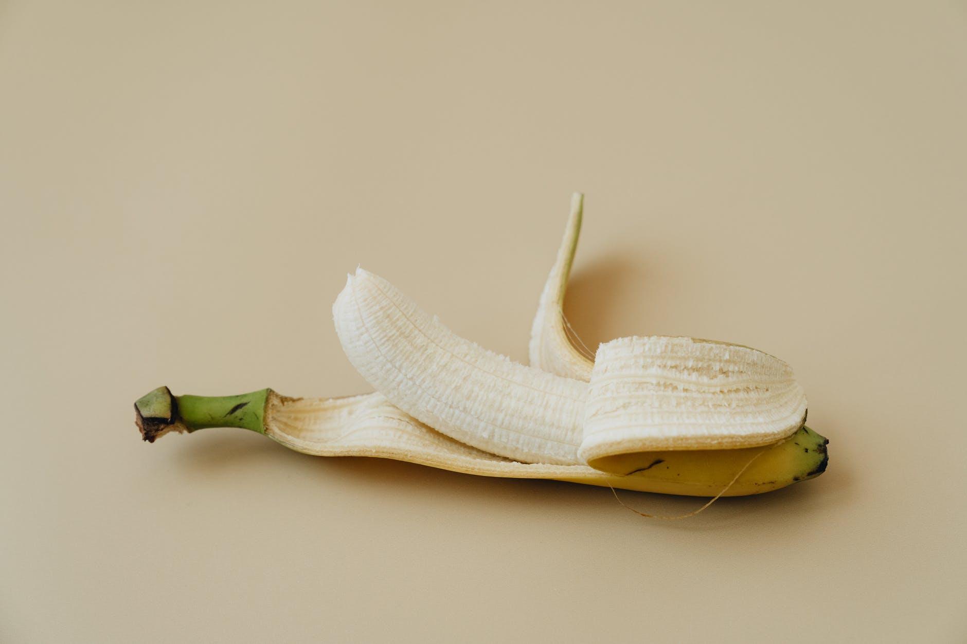 Popularna Watanabe metoda   banana, food wood leaf health