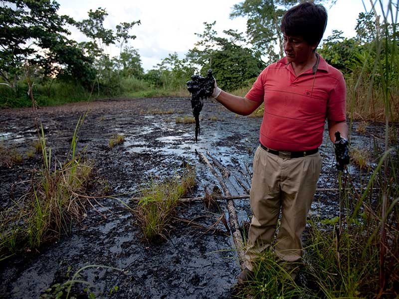 https://i1.wp.com/amazonwatch.org/assets/images/thumbs/2015/0904-ecuadoreans-can-sue-chevron-in-canada-supreme-court-rules.jpg