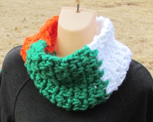 Irish Flag Cowl by Kristine @ Ambassador Crochet