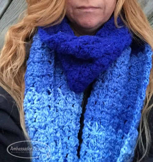 The Wedgwood Scarf is a free crochet pattern. Quick to learn with only a 2 row repeat. Pattern by Ambassador Crochet.