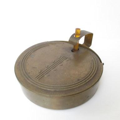 vintage-bakelite-handle-crumb-catcher-art-deco-style-2