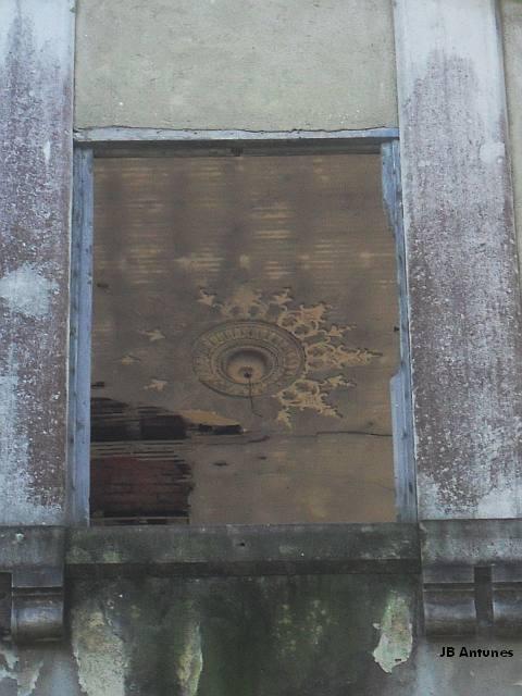 Um palacete em ruína na Quinta das Conchas no Lumiar (5/5)