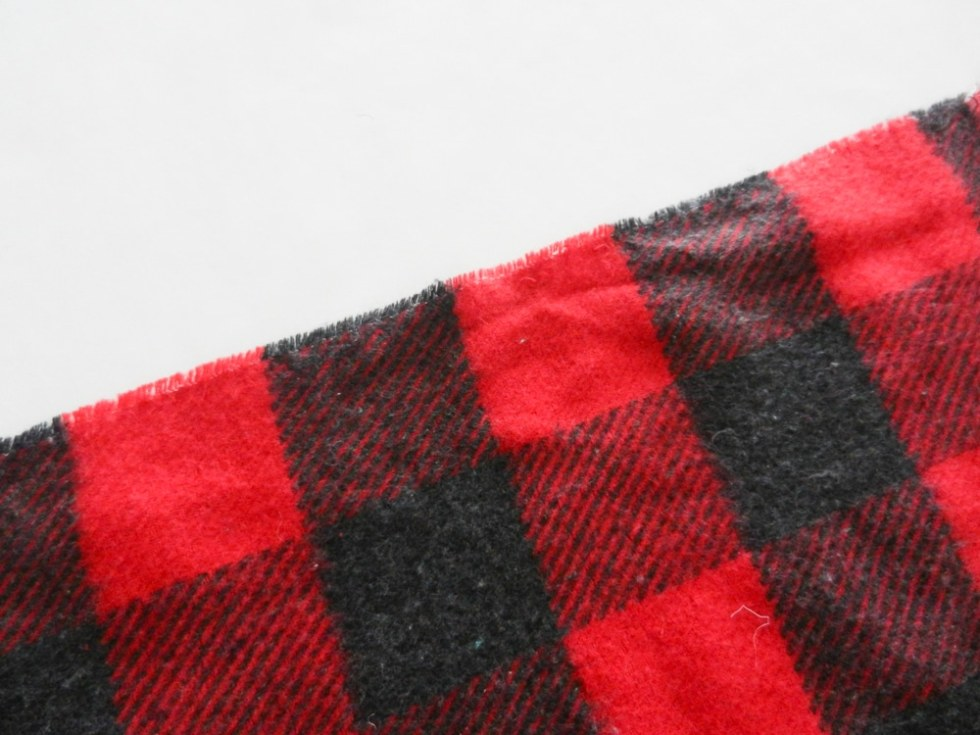 DIY Flannel No Sew Blanket with Heat Transfer Vinyl