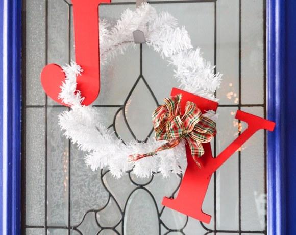 How to make a JOY holiday wreath!