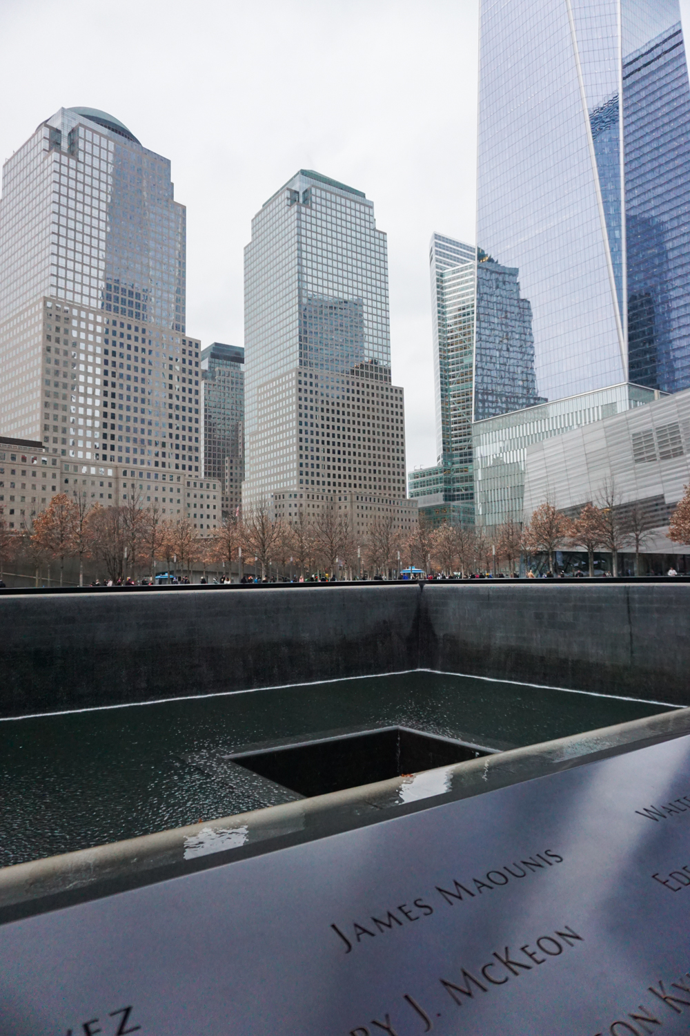 Oliver's Travels: NYC - What to do in NYC, What to see in NYC, Where to stay in NYC, What to eat in NYC! The World Trade Center Memorial in NYC