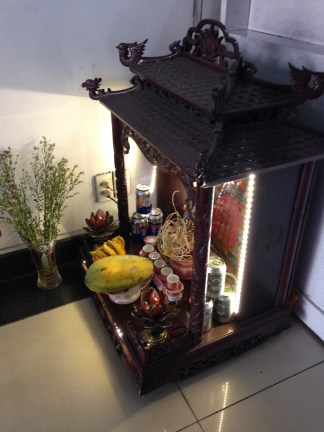 offerings to the gods include Beer, papaya and bananas