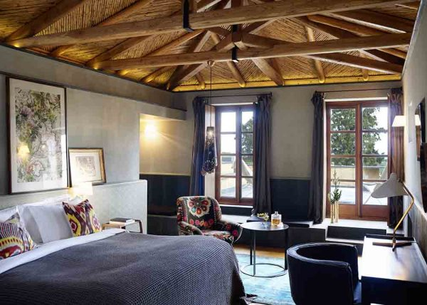 Amberlair Crowdsourced Crowdfunded Boutique Hotel - Meet Anna Parker of Penelope and Parker's Travels at Hotel Kinsterna in Greece #boholover