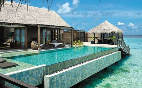 Amberlair Crowdsourced Crowdfunded Boutique Hotel - Meet Jean Carmela of Holy Smithereens at Shangrila Villingili Resort on the Maldives #boholover