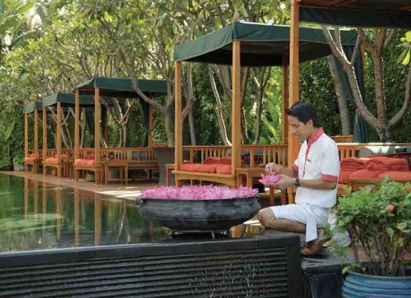 Amberlair Crowdsourced Crowdfunded Boutique Hotel Michelle Chaplow Mandarin Oriental Bangkok