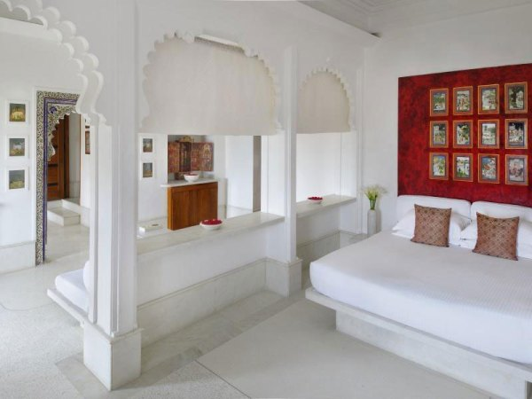 Amberlair Crowdsourced Crowdfunded Boutique Hotel Devi Garh - Never ever met a celebrity? Check out these 6 mind-blowing hotels.