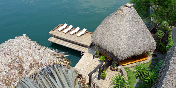 Amberlair Crowdsourced Crowdfunded Boutique Hotel Laguna Lodge - BoutiquEco: The world's finest 15 green retreats