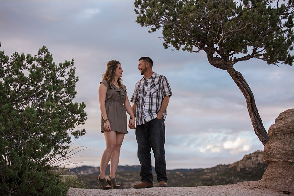 Couple on a cliff on Mount Lemmon