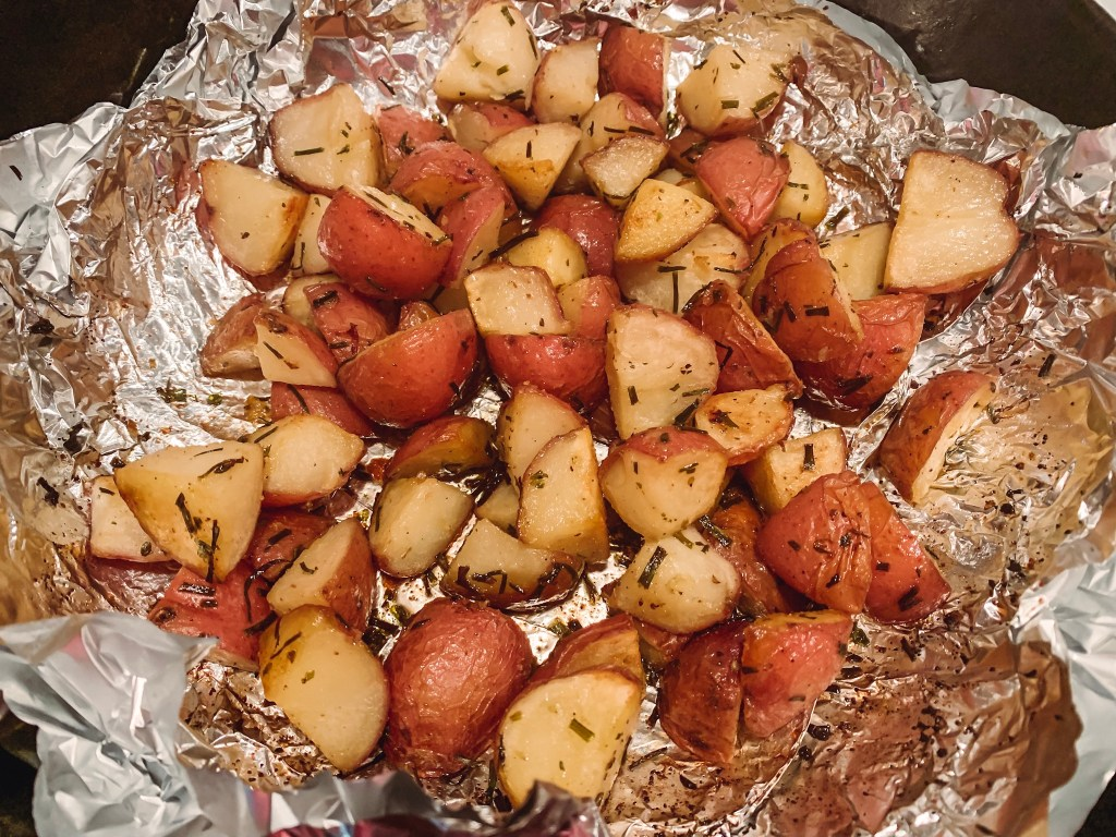 Grilled red potatoes are always a good choice, or potatoes in any form, am I right?  These grilled potatoes need to be put on your menu now!