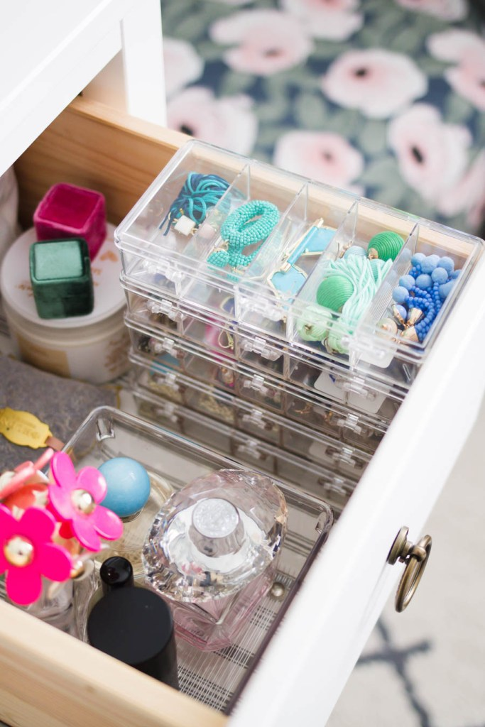 How I Organized My Jewelry for Small Space Living
