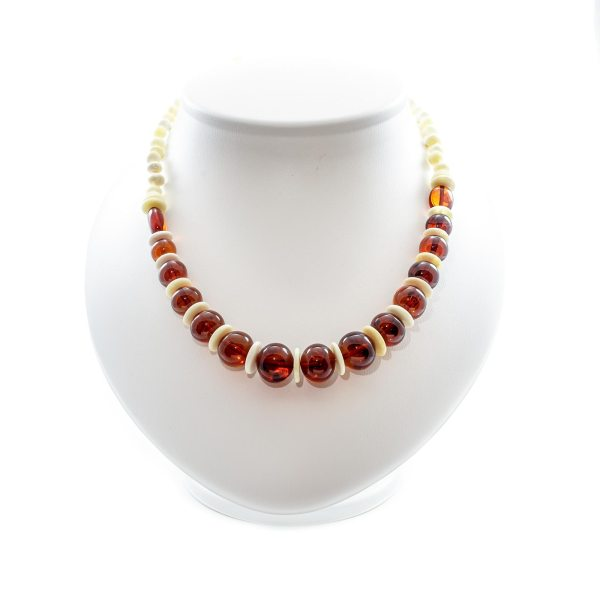 natural-baltic-amber-necklace-glory