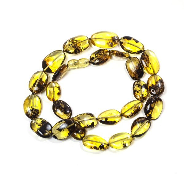natural-baltic-amber-necklace-green-amber-close
