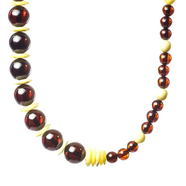 natural-baltic-amber-necklace-visavi-ii-closeview-2