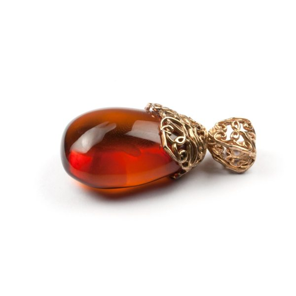 pendant-from-natural-baltic-amber-mystery-2