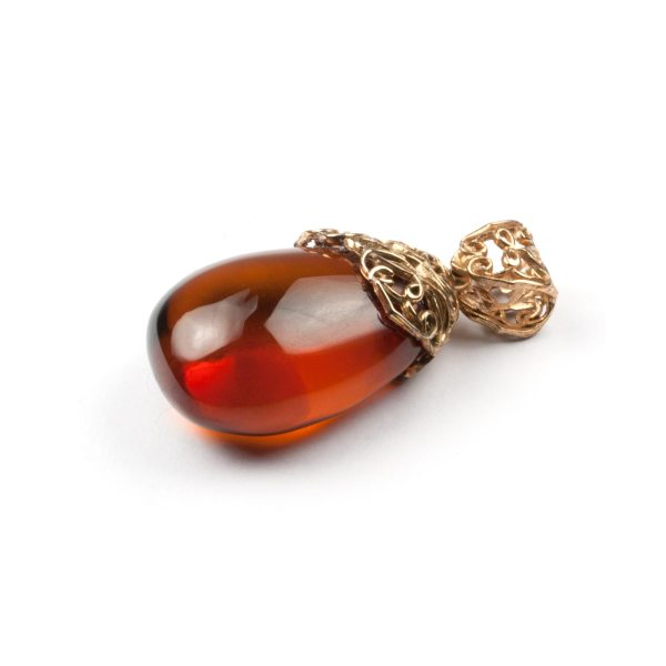 pendant-from-natural-baltic-amber-mystery