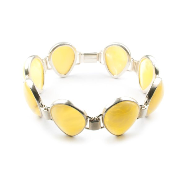 silver-chain-bracelet-with-natural-baltic-amber-belle