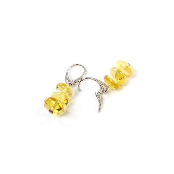 silver-earrings-with-natural-baltic-amber-pyramid