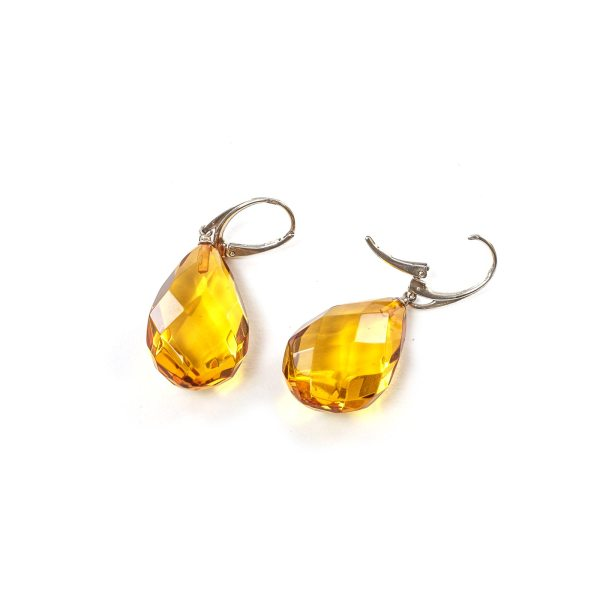 silver-earrings-with-natural-baltic-faceted-amber-bonita