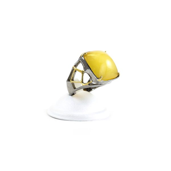 silver-ring-with-amber-piece-harmony-1