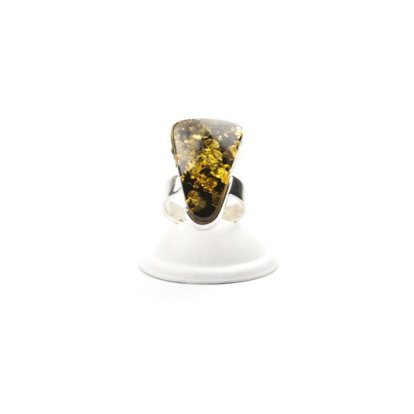 silver-ring-with-natural-baltic-amber-piece-triada-4